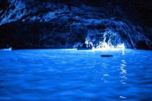 Capri-Grotta-Azzurra-Escursioni-Decesareviaggi-Salerno